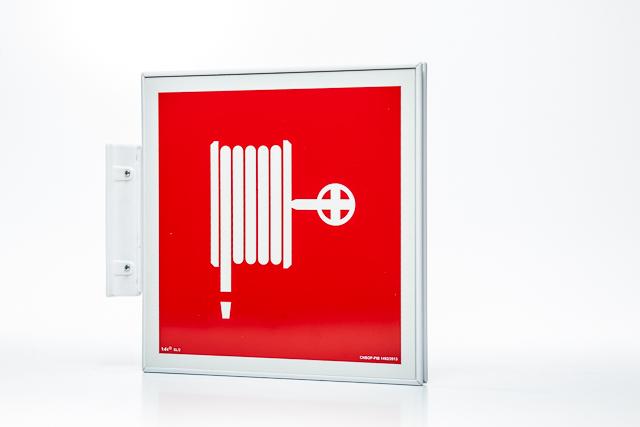 Znak przeciwpożarowy Ramka na znak semaforowa dwustronna 15 x 15 cm