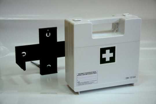 Przemysłowa apteczka zakładowa z wieszakiem BDR wyp. DIN13164