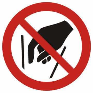 Zakaz wkładania rąk do środka