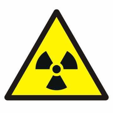 Znak Ostrzeżenie przed materiałem radioaktywnym lub promieniowaniem jonizującym